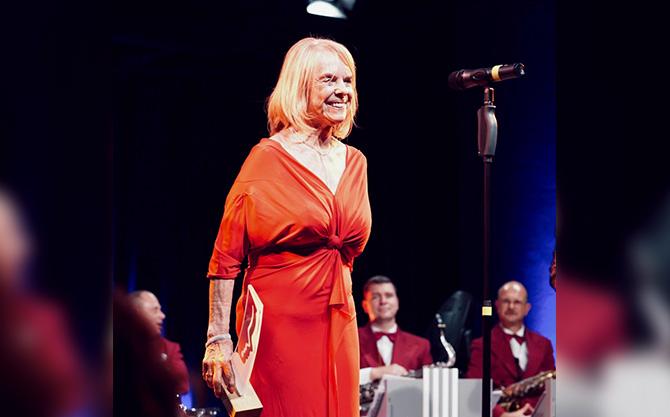 Luise Lunow wurde mit dem Ehrenpreise für das Lebenswerk ausgezeichnet